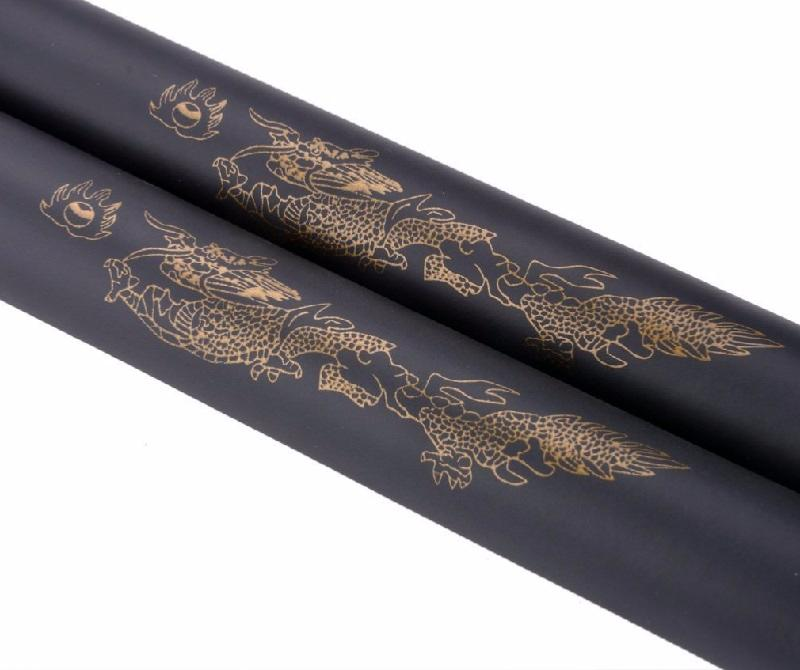 Nunchaku entrainement a corde en mousse noir decor dragon - Corde decorative ...