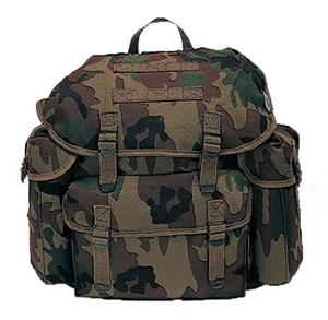 SAC A DOS / BESACE 25 LITRES CAMOUFLAGE WOODLAND