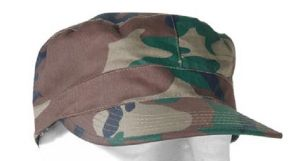 CASQUETTE US CAMOUFLAGE WOODLAND AVEC PROTECTION NUQUE TAILLE L