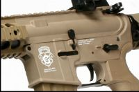 GR15 RAIDER L DST AEG TAN BLOWBACK / CULASSE MOBILE + CHARGEUR+BATTERIE HOP UP 1.2 JOULE