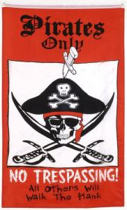 DRAPEAU PIRATE ONLY NO TRESPASSING ALL OTHERS WILL WALK THE PLANK 150 x 90 CM