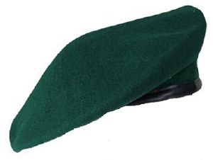 BERET VERT 100 % PURE LAINE TAILLE 56