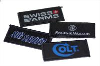 KIT 4 PATCHES ECUSSONS COLT / SWISS ARMS / SIG SAUER / SMITH & WESSON FIXATION SCRATCH