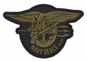 PATCH / ECUSSON 3D PVC VELCRO NAVY SEALS VERT SUR FOND NOIR